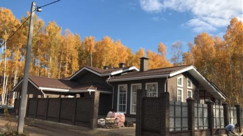 Строящийся дом в п. Мирный