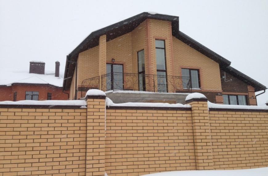 Дом 230 кв.м в п. Константиновка